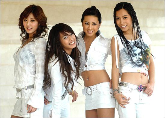 http://www.pride-of-korea.de/img/dyn/musik-Jewelry_23.jpg